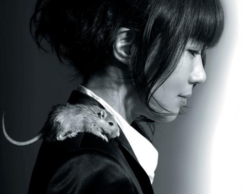 yoko-kanno-with-rat