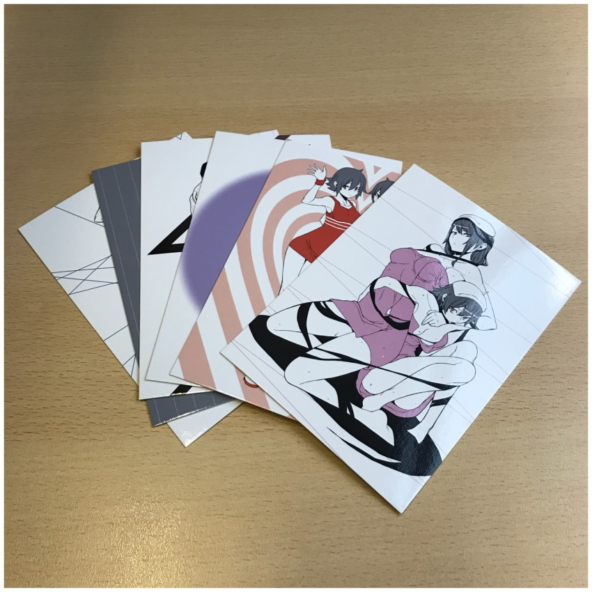 There are also 6 art cards included.