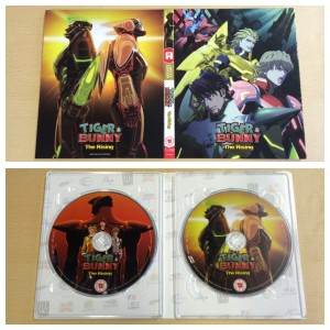 The outside and inside of the digipack. Plus the discs.