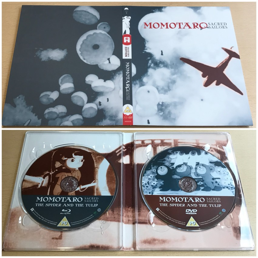 The digipack. The outer side (top) and the inner side (bottom) with the discs in place.